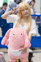 c84-day-1-cosplay-very-hot-indeed-22