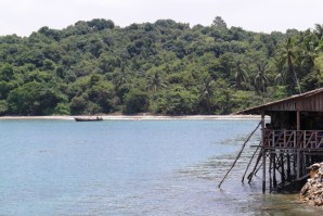 More paradise and stilt hut