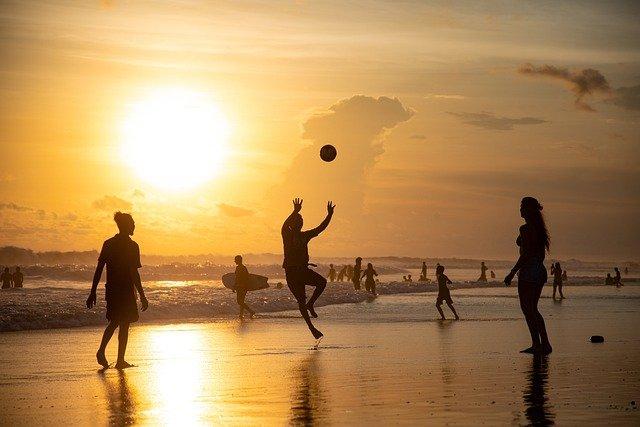 atividade fisica praia - Estresse?! 5 minutos de atividade física verde vai transformar seu humor