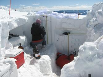 Steamboat Springs snow pits, April 2011
