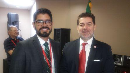 Andres Ruiz, director de Asuntos Comunitarios del consulado de Mexico y CArlos Montes de Oca, director de Humboldt International University.