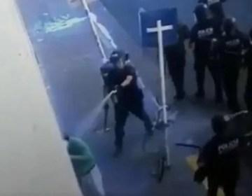 Identificaron al policía que roció con gas pimienta a un jubilado