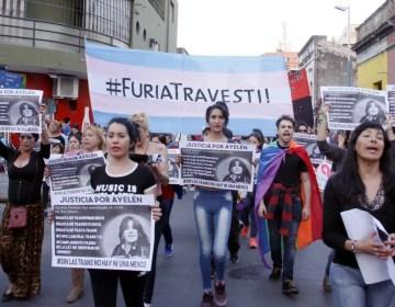 NiUnaTransMenos: una marcha por la vida de las personas trans