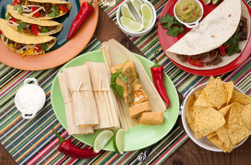 © Evgenyb | Dreamstime.com - Chicken Tamales With Green Salsa Photo