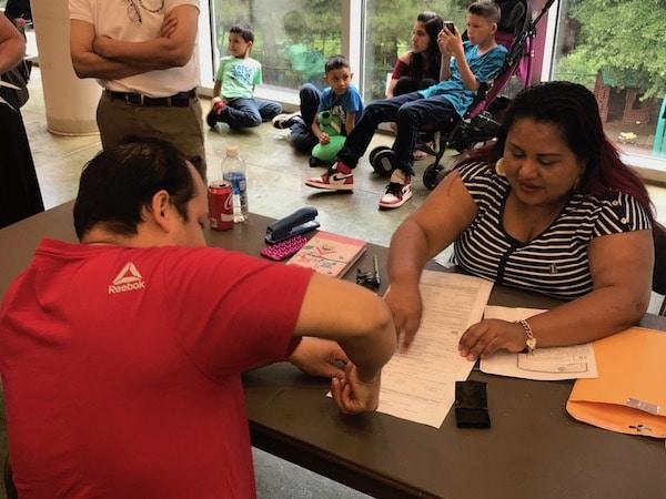 Consulado móvil de El Salvador llega a Raleigh
