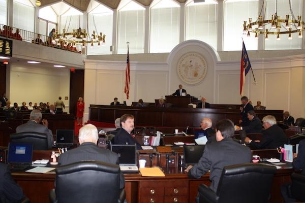 Casa de Representantes aprueba HB-370