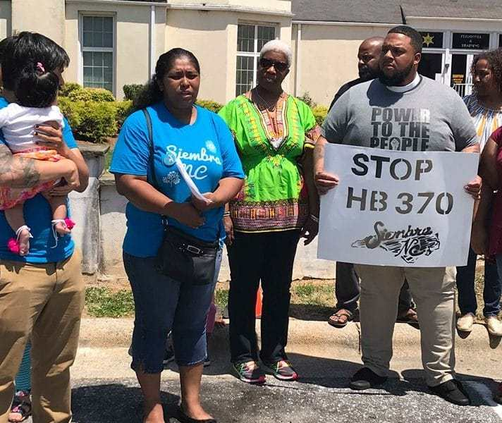 Varios alguaciles de Carolina del Norte rechazan proyecto de ley antiinmigrante