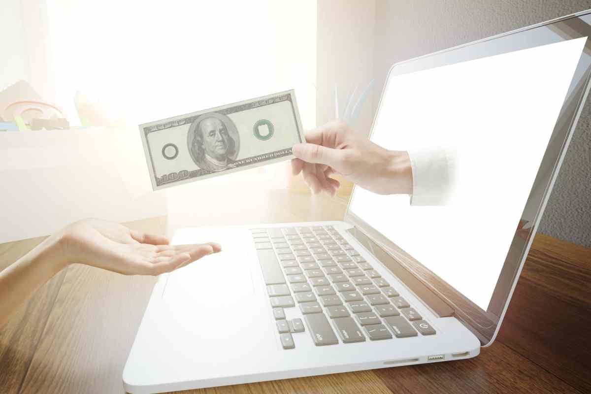 Consejos para inmigrantes: ¿Cómo envío dinero a mis familiares en mi país de origen?