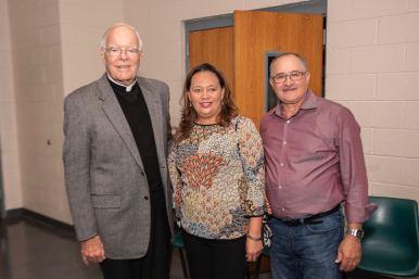 Se retira el reverendo padre Frank O'Rourke tras 44 años de servicios
