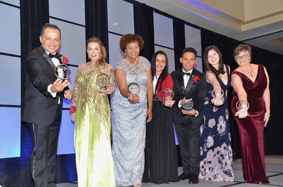 Premios Excelente : Charlotte vive la gala más importante de la comunidad latina