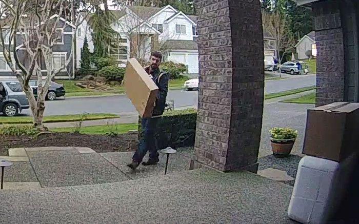 Carolina del Norte: Robos de paquetes en las puertas son el 3er tipo de hurto más común