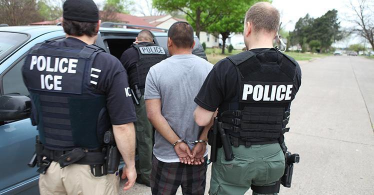 Agencia federal crea página de Internet para atacar a alguaciles de Carolina del Norte