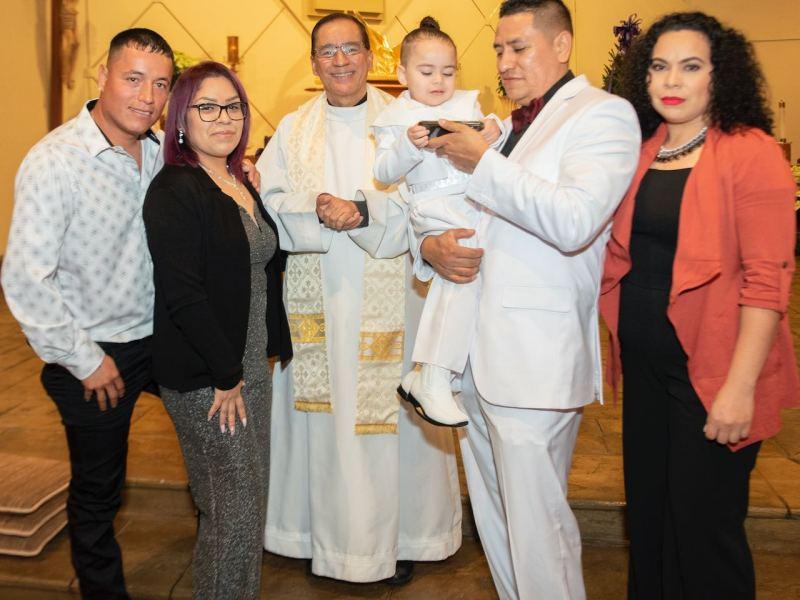 Celebran bautizo
