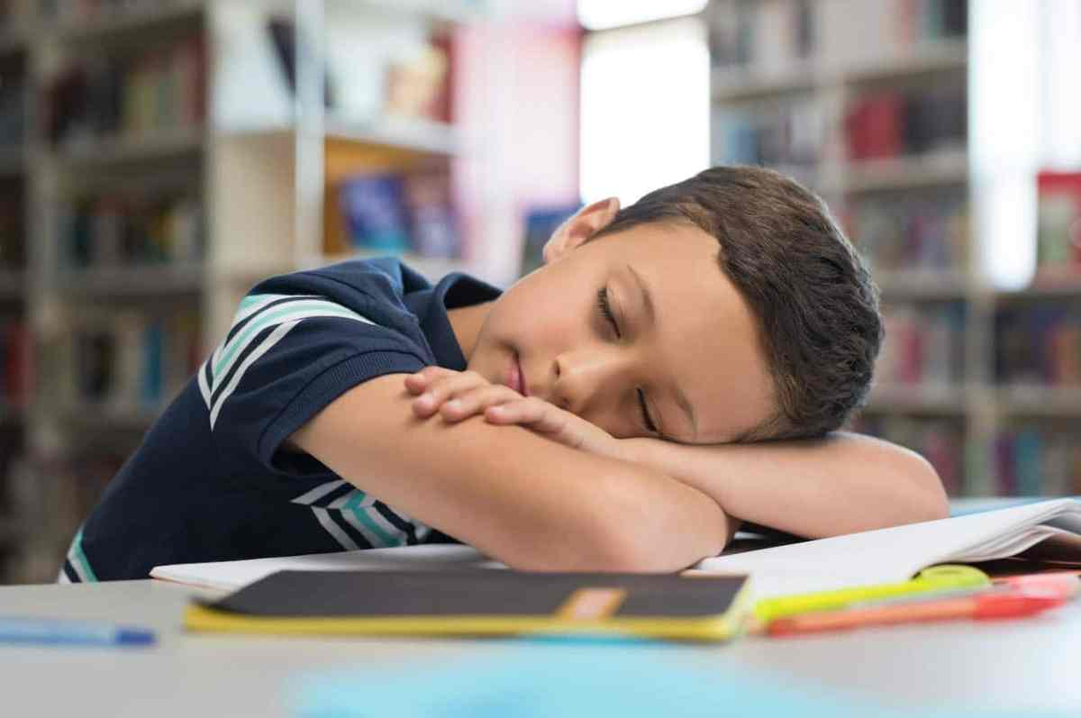 ¿Cómo superar la dificultad para dormir en niños de edad escolar?