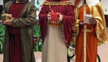 Celebran con alegría el Desfile anual del Día de Reyes en Cary