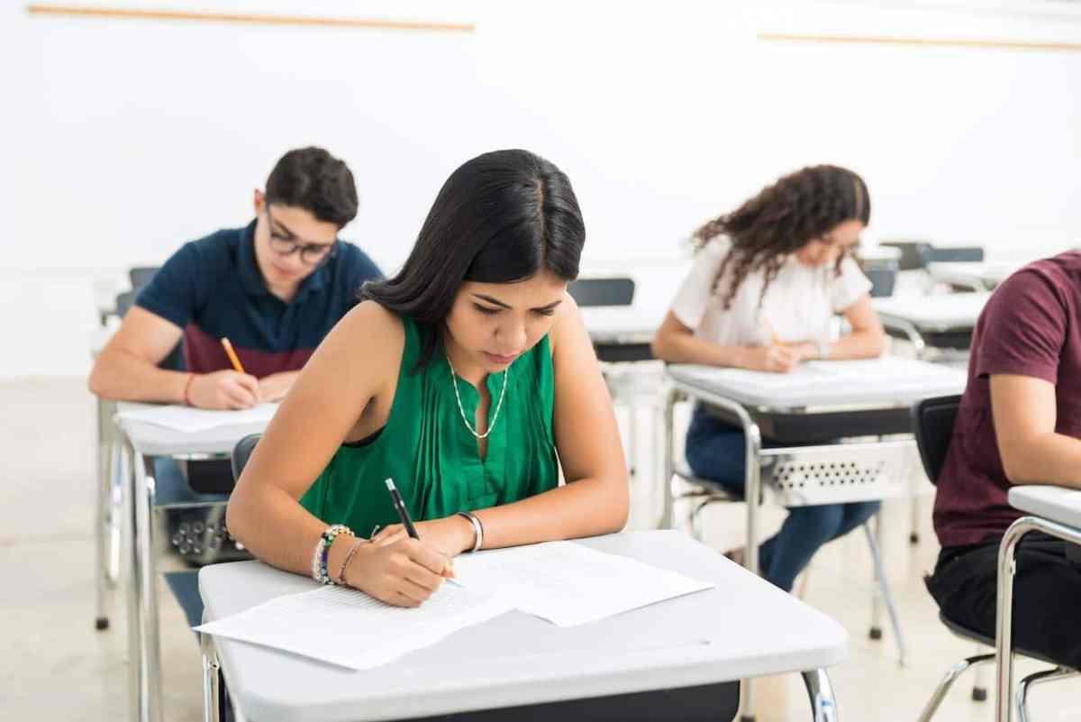Estudiantes de Carolina del Norte tendrán que aprender finanzas personales para graduarse