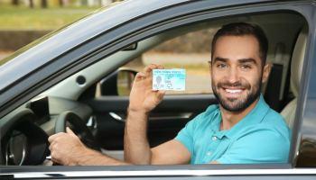 Virginia está a un paso de otorgar licencias de conducir a inmigrantes indocumentados