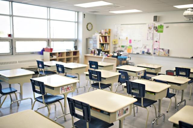 Estudiantes no volverán a las escuelas públicas en NC