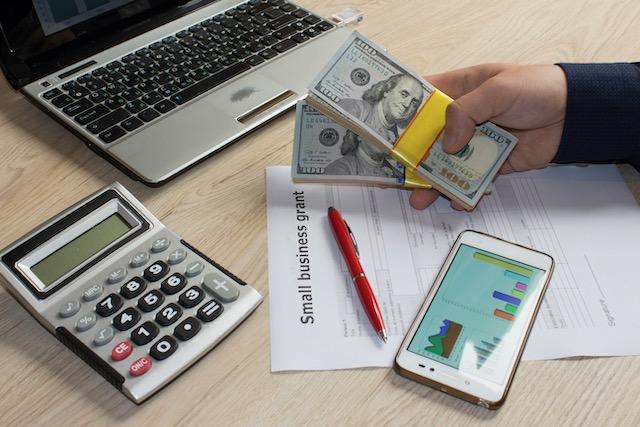 Pequeños negocios: Cómo pedir préstamos durante COVID-19