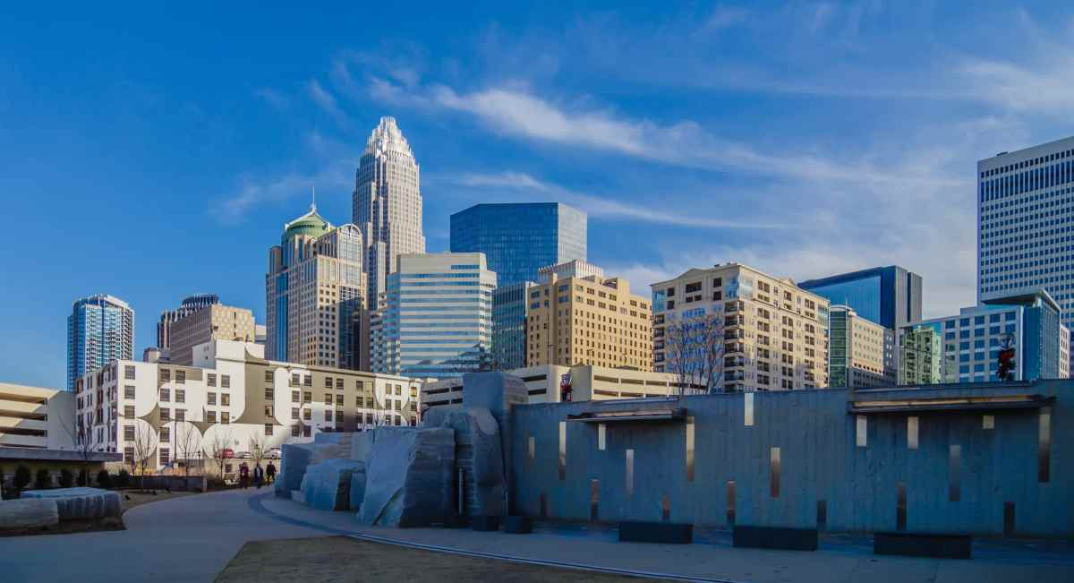 Presidente amenaza con mover Convención Nacional Republicana fuera de Charlotte