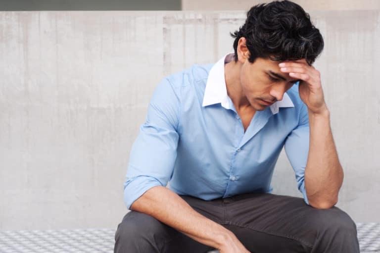 Los impactos financieros y de salud de COVID-19 han afectado más a los latinos