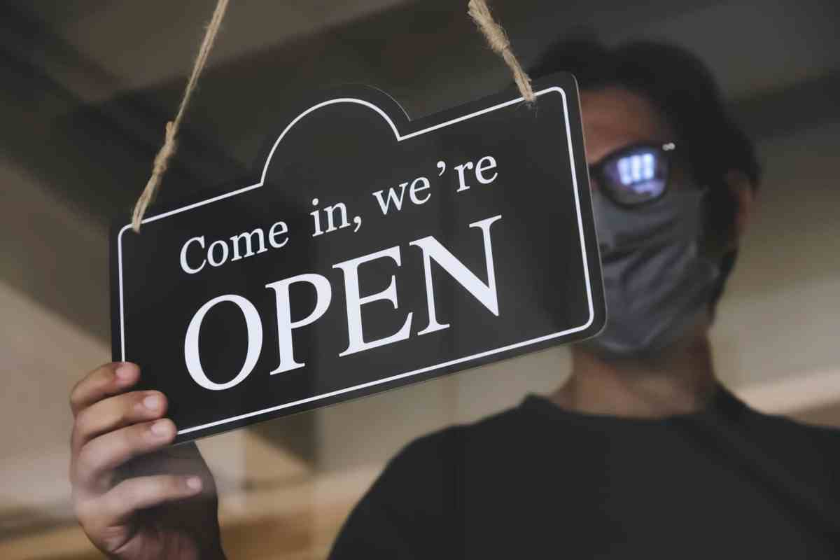 Cómo negocios latinos enfrentan el coronavirus en NC
