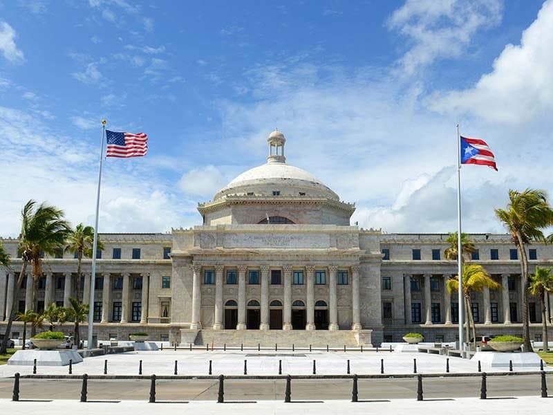 Residentes de Puerto Rico no han recibido sus cheques de estimulo