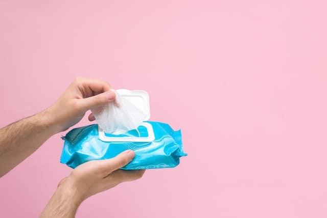 Toallitas desechables no deben ser echadas en el inodoro
