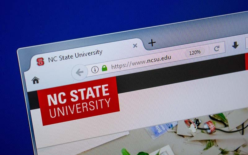 Universidades de Carolina del Norte planean recibir estudiantes
