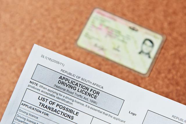 Extienden por 5 meses vencimiento de licencias de conducir y registro de vehículos