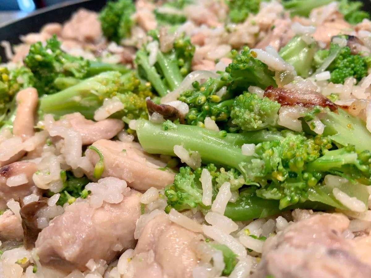 pollo broccoli hongos