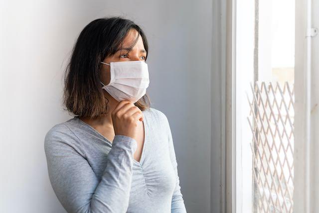 Más 10,000 latinos contraen coronavirus en los últimos 30 días