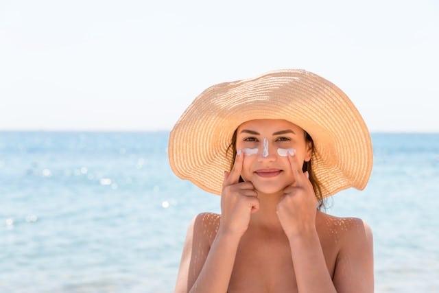 Usar bloqueador solar evita la absorción de vitamina D