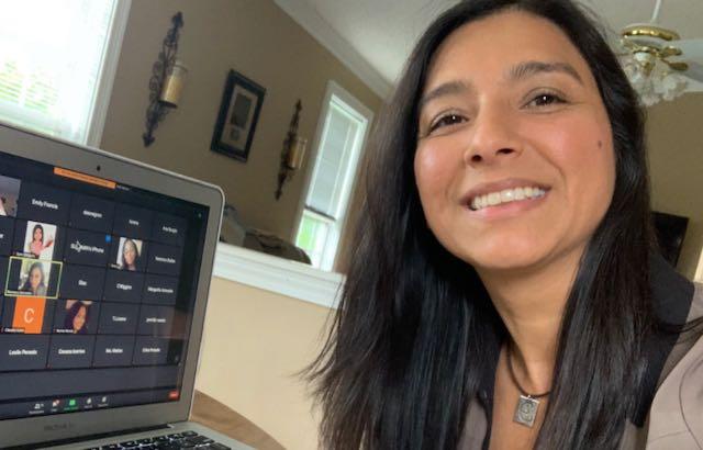 Emily Francis usa sus experiencias como estudiante inmigrante para capacitar a otros profesores