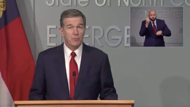 Gobernador extiende Fase Dos de reapertura económica de Carolina del Norte