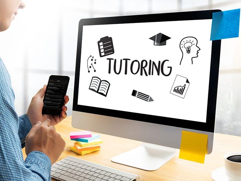como-emprender-en-un-negocio-de-tutorias-escolares-a-distancia