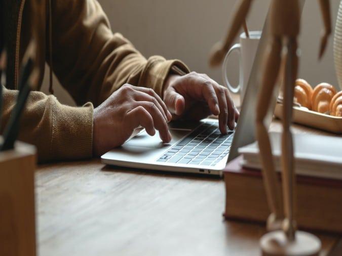 Un distrito escolar de Carolina del Sur reporta casi 4,000 computadoras robadas