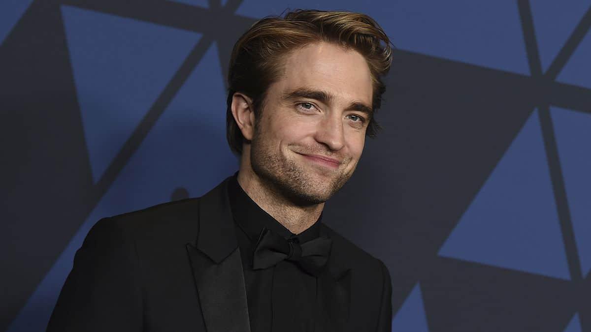 El actor Robert Pattinson da positivo por COVID-19