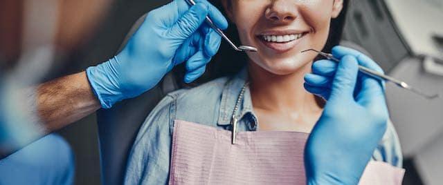 La mayoría de Carolina del Norte vive en una escasez de servicios y profesiones dentales