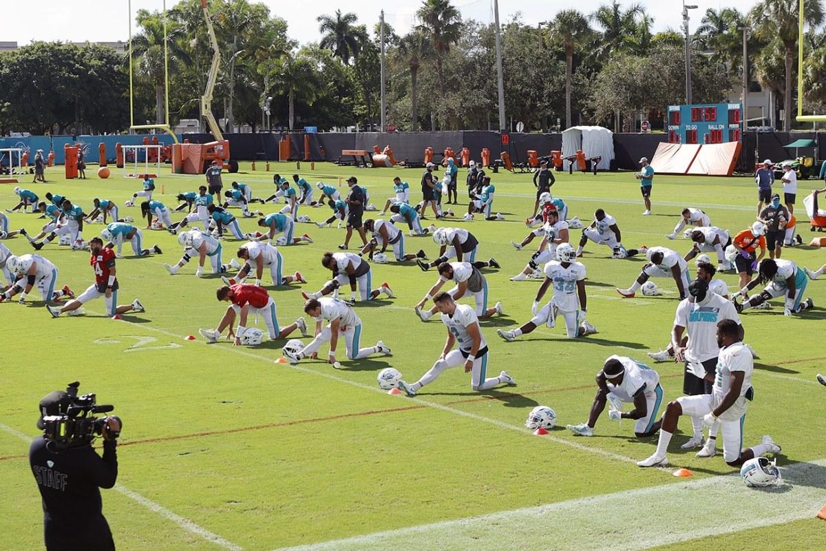 Miami Dolphins se ausentarán durante el himno