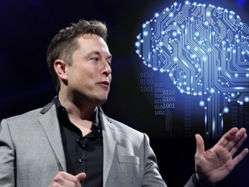Elon Musk trabaja en su empresa Neuralink