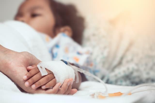 800 niños diagnosticados con rara enfermedad ligada al COVID-19