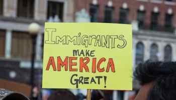 Los estadounidenses son más pro-inmigrantes desde que Trump asumió el cargo