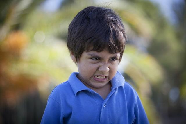 Los castigos corporales hacen más agresivos a los niños