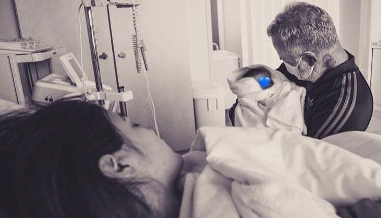 Gianluca Vacchi comparte el nacimiento de su hija