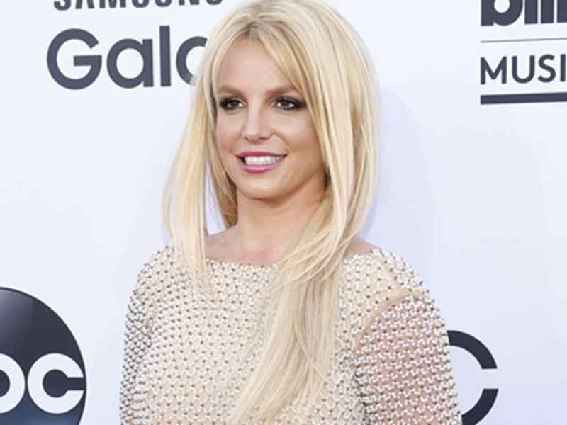 Britney Spears responde a fans