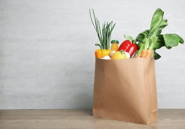 "Distribuyen alimentos a través del programa federal ""Caja de alimentos de la granja a la familia"""