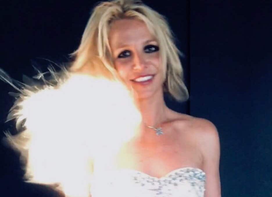 Britney Spears cantó sola Happy Birthday