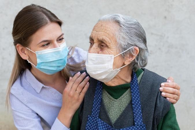 58 casos de COVID-19 reportados en un hogar de ancianos en Moore