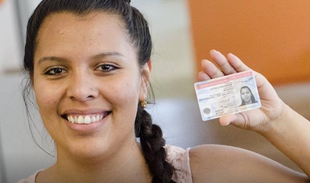 Gobierno comenzó a aceptar nuevas solicitudes de DACA